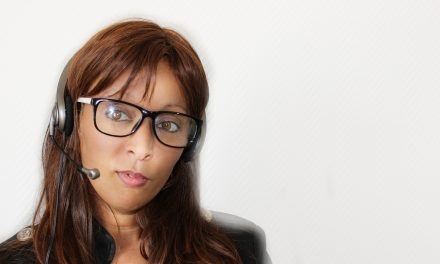 8 Tips for Cold Calling By E-mail and Telephone