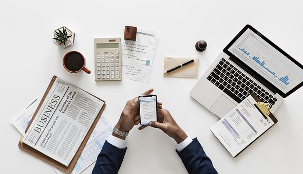 11 Payroll and Tax Tips for Small Businesses