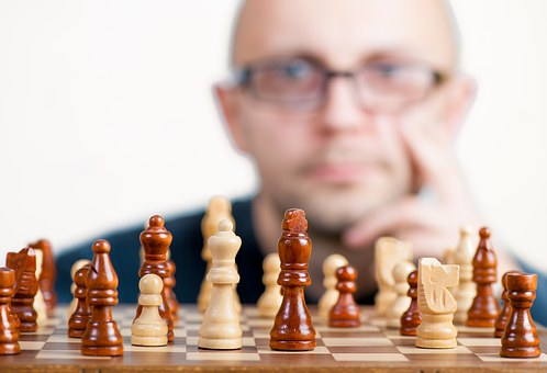 To Become a Leader, Develop Strategic-Planning Skills in 5 Steps