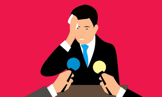 To Give a Great Speech, 9 Tips to Manage Your Nervousness
