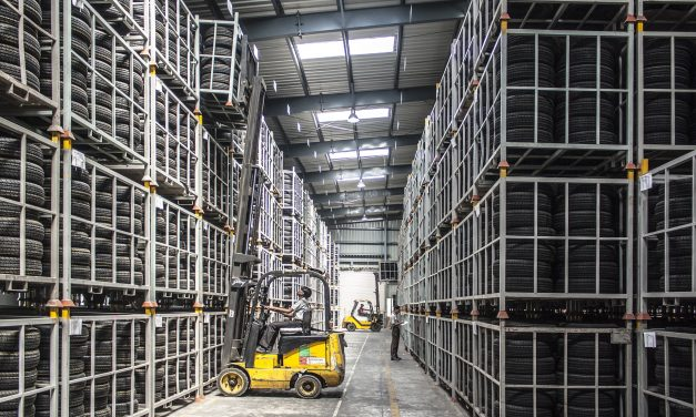 Supply Chain Management: 6 Tracking and Expediting Tips