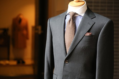 For Your Dream Job, Get a Custom-Look Man's Suit (Cheaply)