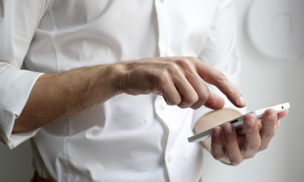 Why Entrepreneurs Are Increasingly Communicating via SMS